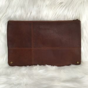 Madewell 1937 Vintage Leather Zipper Clutch